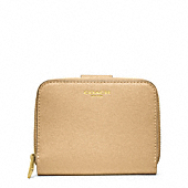 SAFFIANO LEATHER MEDIUM ZIP AROUND