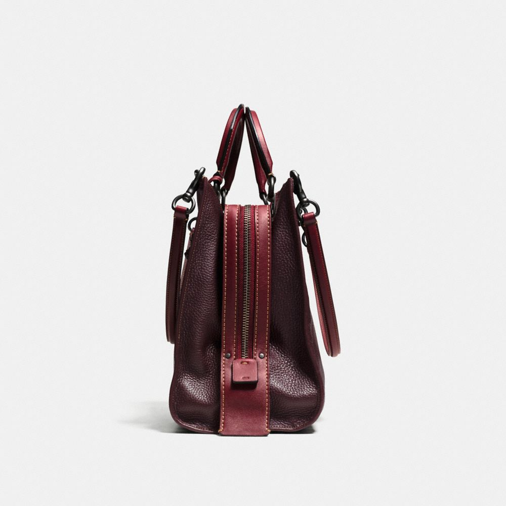 Rogue Bag 36 in Glovetanned Pebble Leather - Alternate View A1