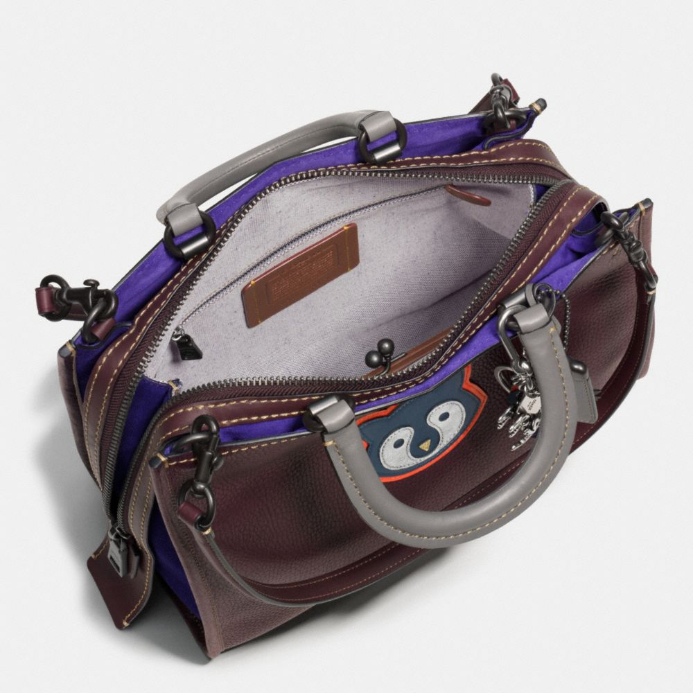 RACCOON ROGUE BAG IN PEBBLE LEATHER - Alternate View A4