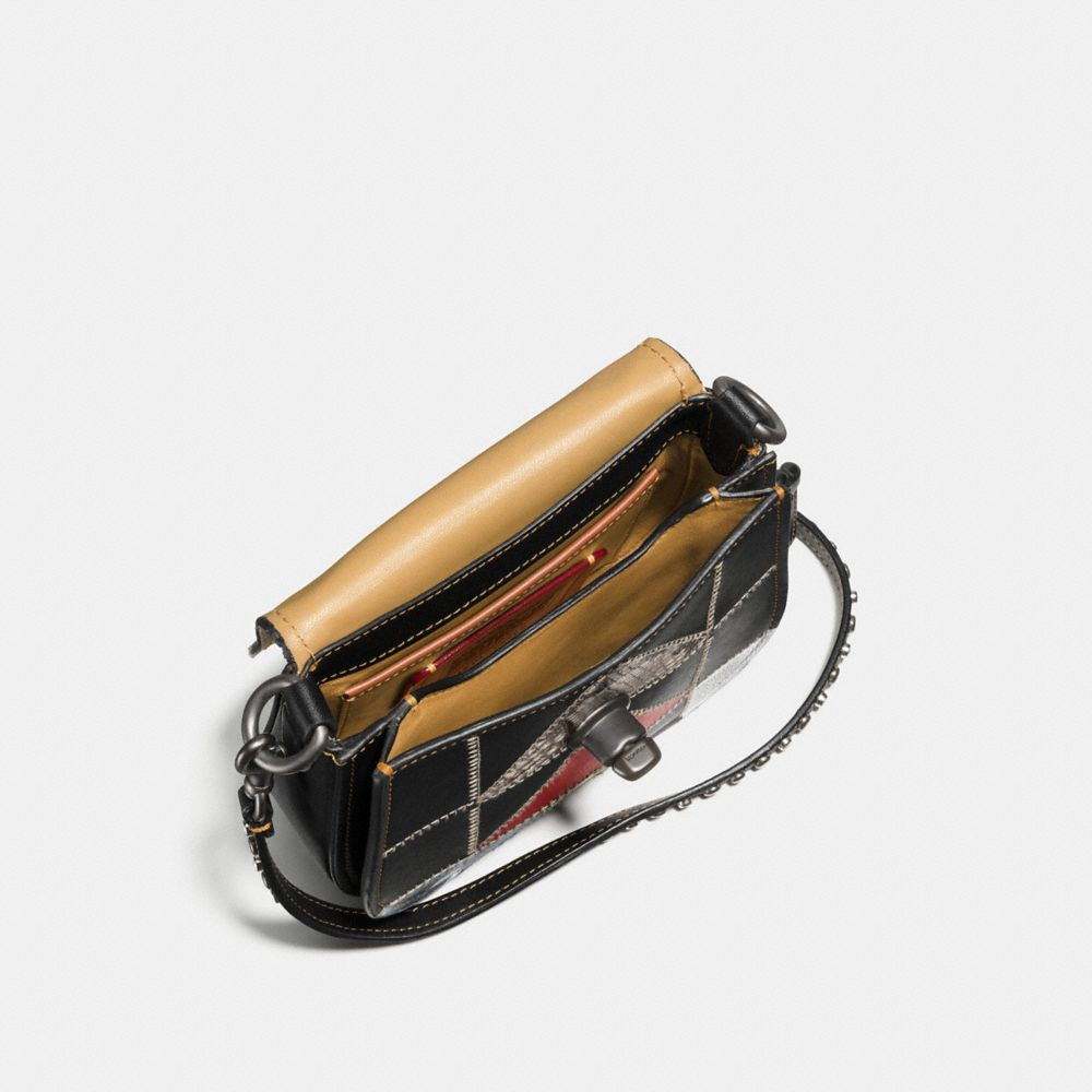 TURNLOCK SADDLE BAG 17 IN B-BOY PRAIRIE PATCHWORK LEATHER - Alternate View A2