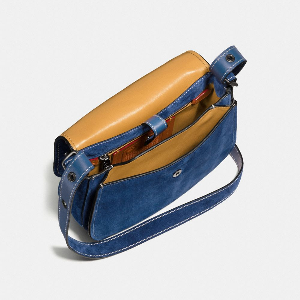 WESTERN RIVETS SADDLE BAG 23 IN SUEDE - Alternate View A2