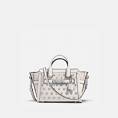 COACH SWAGGER 15 IN PEBBLE LEATHER WITH OMBRE RIVETS