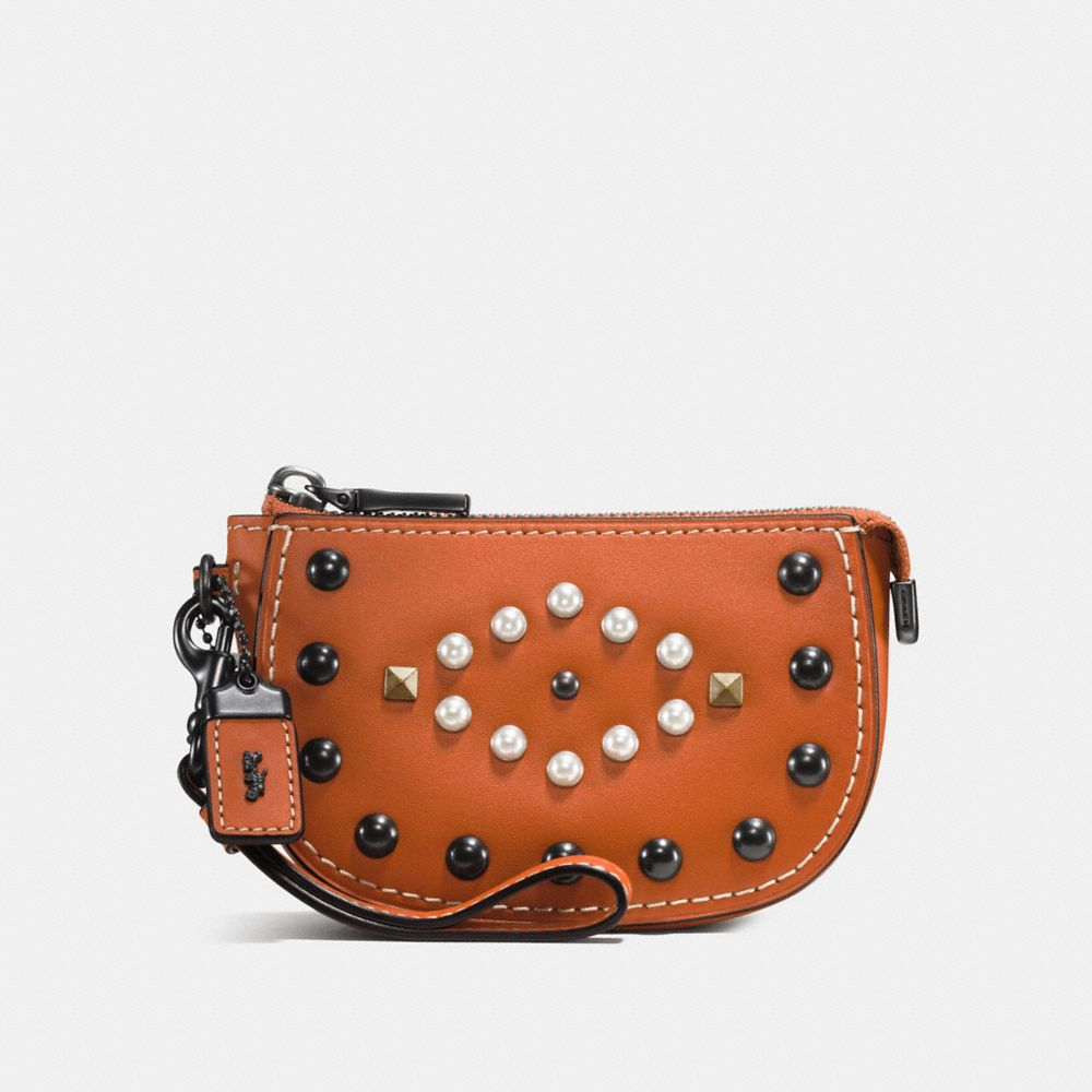 WESTERN RIVETS POUCH IN GLOVETANNED LEATHER - Alternate View