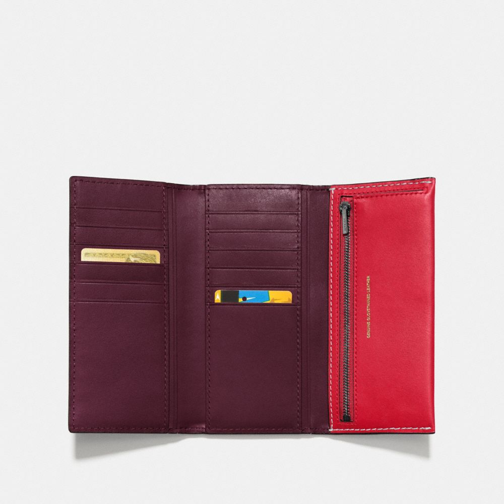 SLIM TRIFOLD WALLET IN GLOVETANNED LEATHER - Alternate View