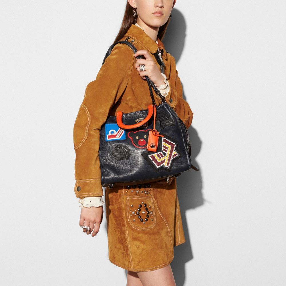 VARSITY PATCH ROGUE BAG IN PEBBLE LEATHER - Alternate View