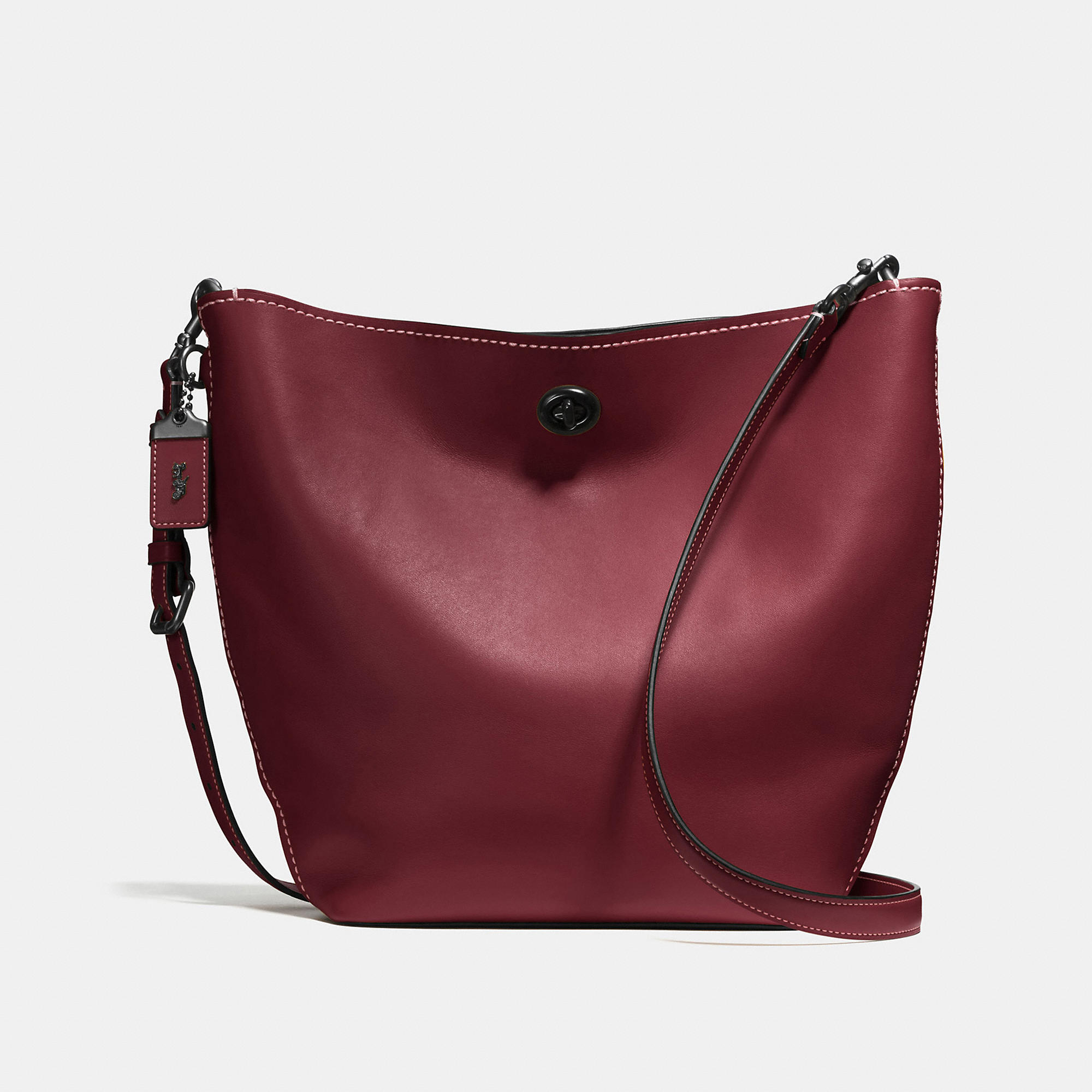 Coach Duffle Shoulder Bag In Glovetanned Leather