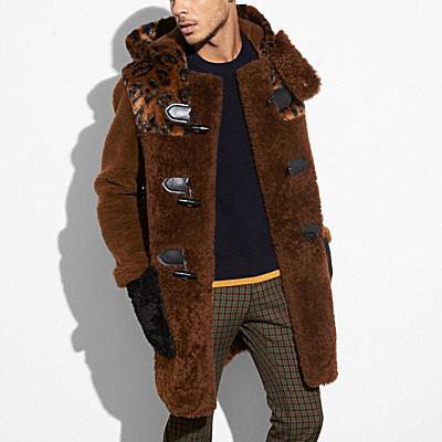 翻皮羊毛混織粗呢大衣