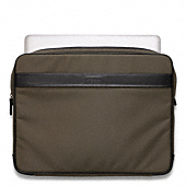 CROSBY NYLON LAPTOP SLEEVE