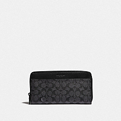 TRAVEL WALLET IN SIGNATURE CANVAS - CHARCOAL - COACH 66862