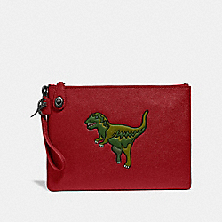 TURNLOCK POUCH WITH REXY - REXY RED - COACH 68248