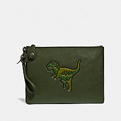 TURNLOCK POUCH WITH REXY - REXY GREEN - COACH 68248