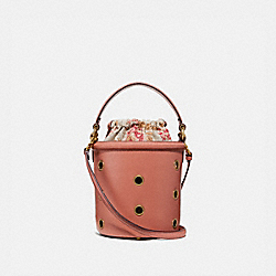 DRAWSTRING BUCKET BAG WITH GROMMETS - LIGHT PEACH/BRASS - COACH 69654