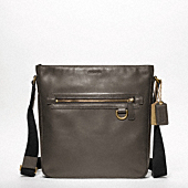 BLEECKER LEGACY LEATHER FIELD BAG