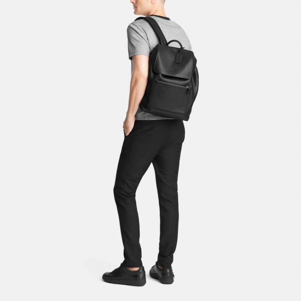 Manhattan Backpack in Pebble Leather - Alternate View M