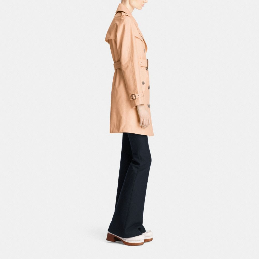 Mid-Length Trench - Alternate View M2