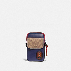 PACER CONVERTIBLE POUCH IN COLORBLOCK SIGNATURE CANVAS WITH COACH PATCH - TRUE NAVY MULTI - COACH 89479