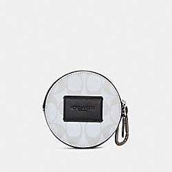 ROUND HYBRID POUCH IN REFLECTIVE SIGNATURE CANVAS - QB/REFLECTIVE SILVER - COACH 91226