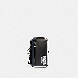 NORTH/SOUTH HYBRID POUCH WITH REFLECTIVE COACH PATCH - QB/MIDNIGHT NAVY MULTI - COACH 91253