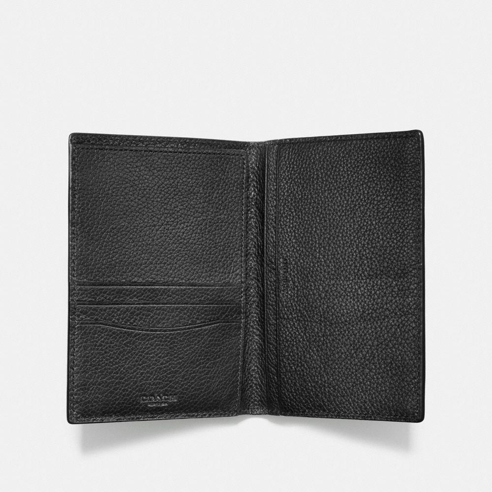 Passport Case in Refined Pebble Leather - Alternar vistas A1