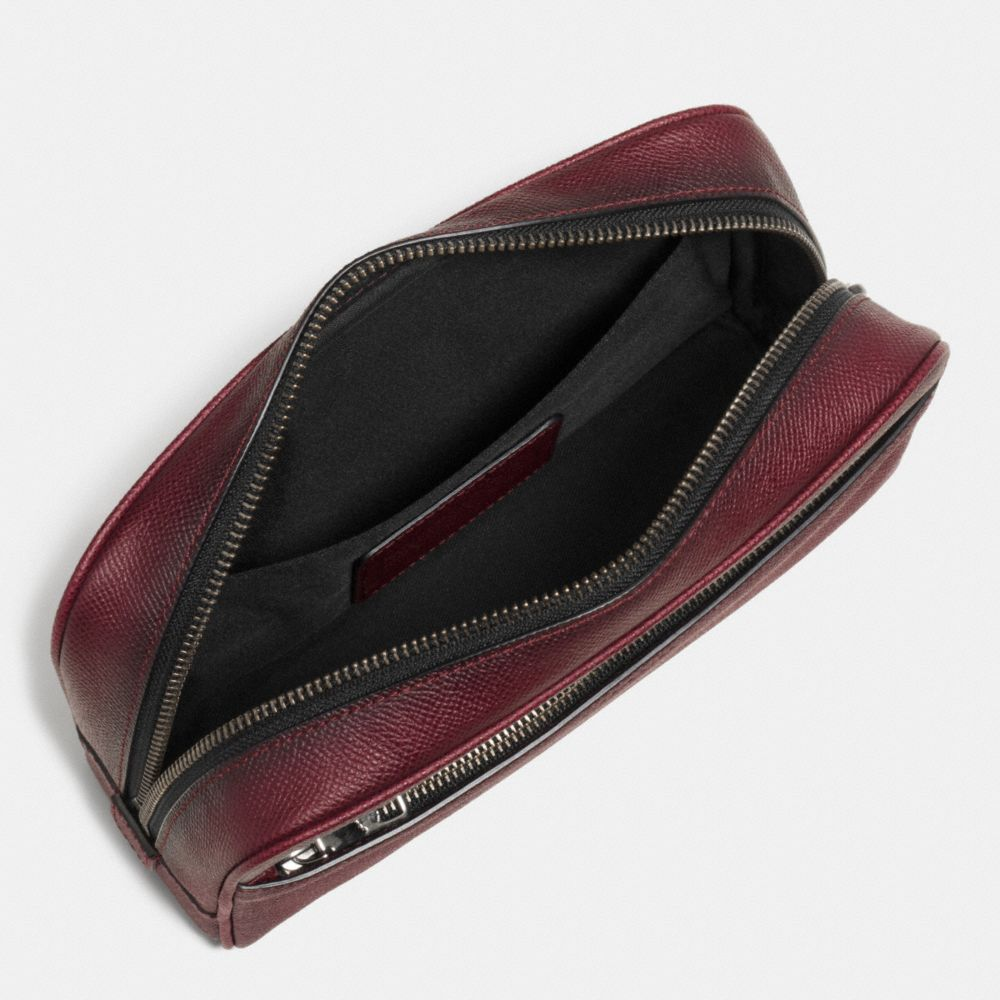 Travel Kit in Burnished Crossgrain Leather - Alternar vistas A1