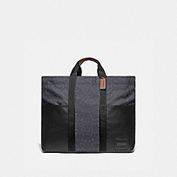 REVERSIBLE PACER TOTE IN SIGNATURE CORDURA® FABRIC WITH COACH PATCH - JI/BLUE MULTI - COACH 93824