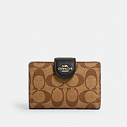 MEDIUM CORNER ZIP WALLET IN SIGNATURE CANVAS - IM/KHAKI/BLACK - COACH C0082
