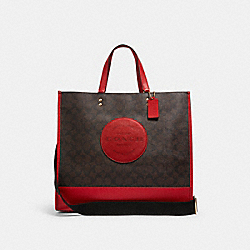 DEMPSEY TOTE 40 IN SIGNATURE CANVAS WITH COACH PATCH - IM/BROWN 1941 RED - COACH C1789