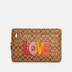 LAPTOP SLEEVE IN SIGNATURE CANVAS WITH LOVE PRINT - IM/KHAKI CHALK MULTI - COACH C3302