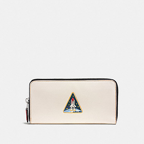 COACH ACCORDION WALLET WITH ROCKET EARTH - CHALK - F10464