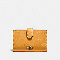 MEDIUM CORNER ZIP WALLET - f11484 - GOLDENROD/light gold