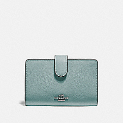 MEDIUM CORNER ZIP WALLET - QB/SAGE - COACH F11484