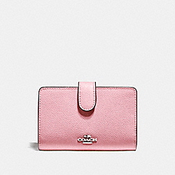 MEDIUM CORNER ZIP WALLET - SILVER/BLUSH 2 - COACH F11484