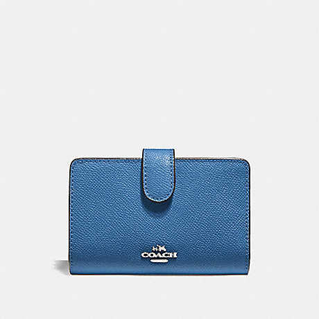 COACH MEDIUM CORNER ZIP WALLET - SV/SKY BLUE - F11484