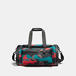 TERRAIN GYM BAG IN CAMO MIXED MATERIALS - MATTE BLACK/BLACK/RED CAMO - COACH F11572