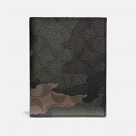 COACH PASSPORT CASE IN SIGNATURE CAMO COATED CANVAS - MAHOGANY/DARK GREEN CAMO - f12009