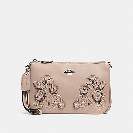 COACH NOLITA WRISTLET 22 WITH TEA ROSE AND TOOLING - LIGHT ANTIQUE NICKEL/STONE - f12048
