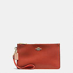 COACH CROSBY CLUTCH IN NATURAL REFINED LEATHER WITH PYTHON EMBOSSED LEATHER TRIM - IMITATION GOLD/TERRACOTTA MULTI - F12074