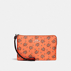 COACH CORNER ZIP WRISTLET IN FOREST BUD PRINT COATED  CANVAS - SILVER/CORAL MULTI - F13315