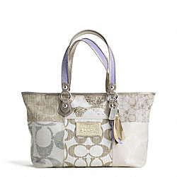 COACH POPPY DENIM PATCHWORK TOTE - ONE COLOR - F16926