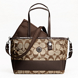 SIGNATURE STRIPE MULTIFUNCTION TOTE