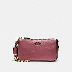 COACH LARGE WRISTLET 19 IN METALLIC PEBBLE LEATHER - LIGHT GOLD/METALLIC CHERRY - F20151