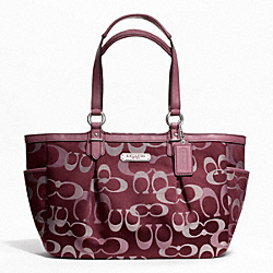 GALLERY OPTIC SIGNATURE TOTE