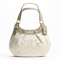 SOHO SIGNATURE METALLIC HOBO