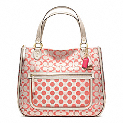 POPPY SIGNATURE C DOT HALLIE TOTE - f22473 - 24943