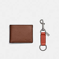 BOXED SLIM BILLFOLD ID WALLET WITH TRIGGER SNAP KEY FOB - DARK SADDLE - COACH F22697