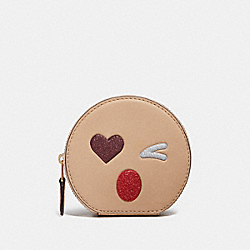 COACH ROUND COIN CASE WITH GLITTER HEART - MULTICOLOR 2/LIGHT GOLD - F22958