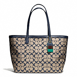 COACH WEEKEND PRINTED SIGNATURE ZIP TOP TOTE - BRASS/KHAKI/NAVY - F23107
