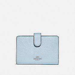 COACH MEDIUM CORNER ZIP WALLET - SILVER/PALE BLUE - F23237