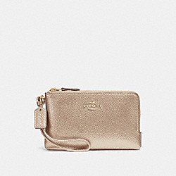 COACH DOUBLE CORNER ZIP WRISTLET - LIGHT GOLD/PLATINUM - F23260
