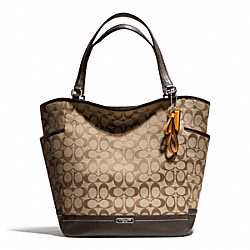 COACH PARK SIGNATURE NORTH/SOUTH TOTE - SILVER/KHAKI/MAHOGANY - F23295